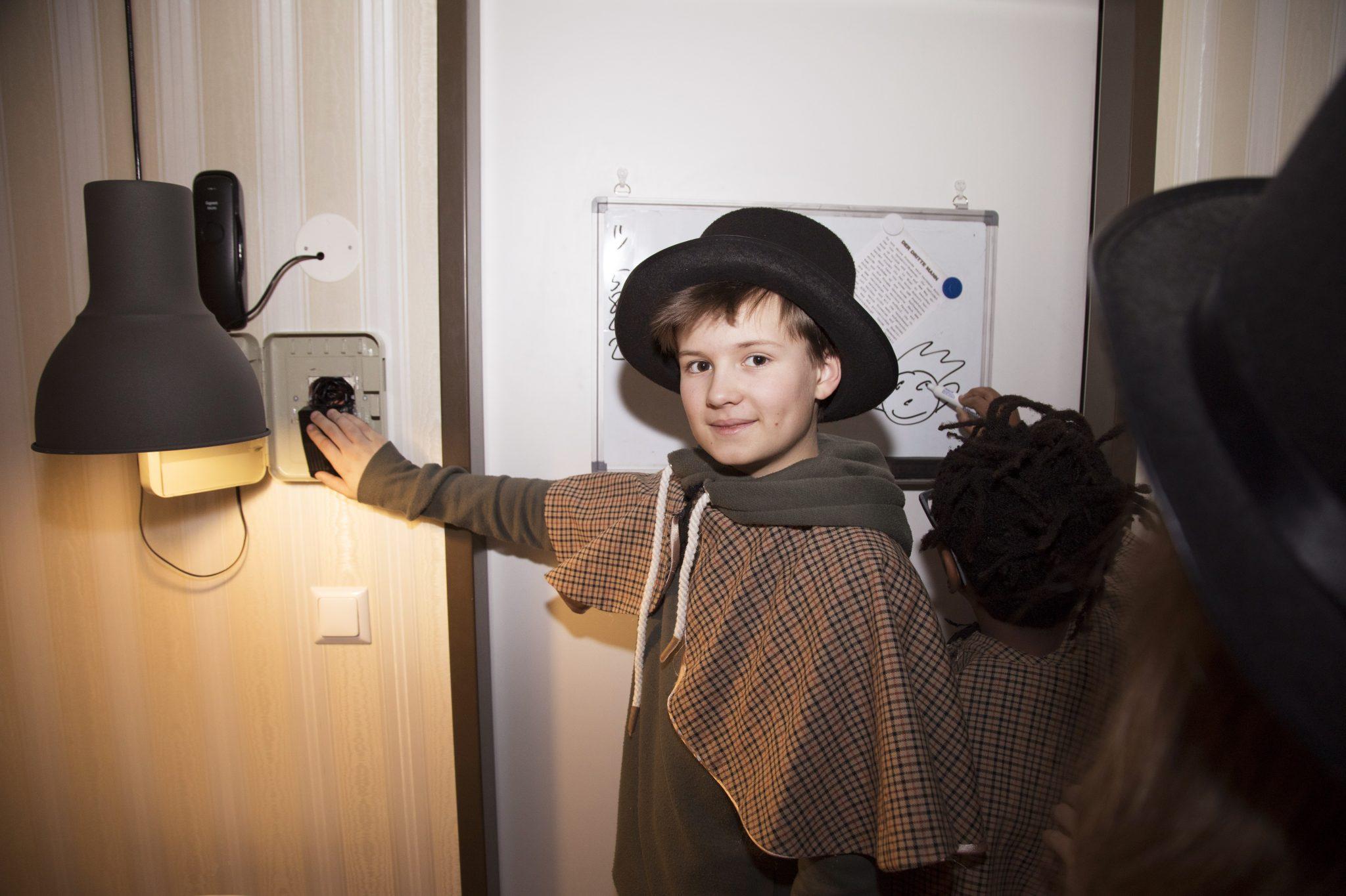 Escape The Room Spiel Mit Köpfchen Hello Familiii