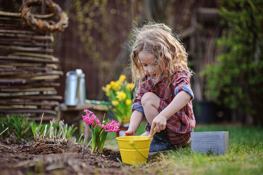 hello familiii verlost ein Urban Gardening Beet für eine Familie