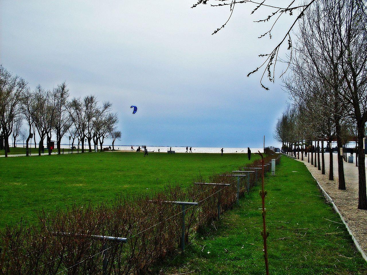 Familienfreundliche Strandbad In Neusiedl Am See