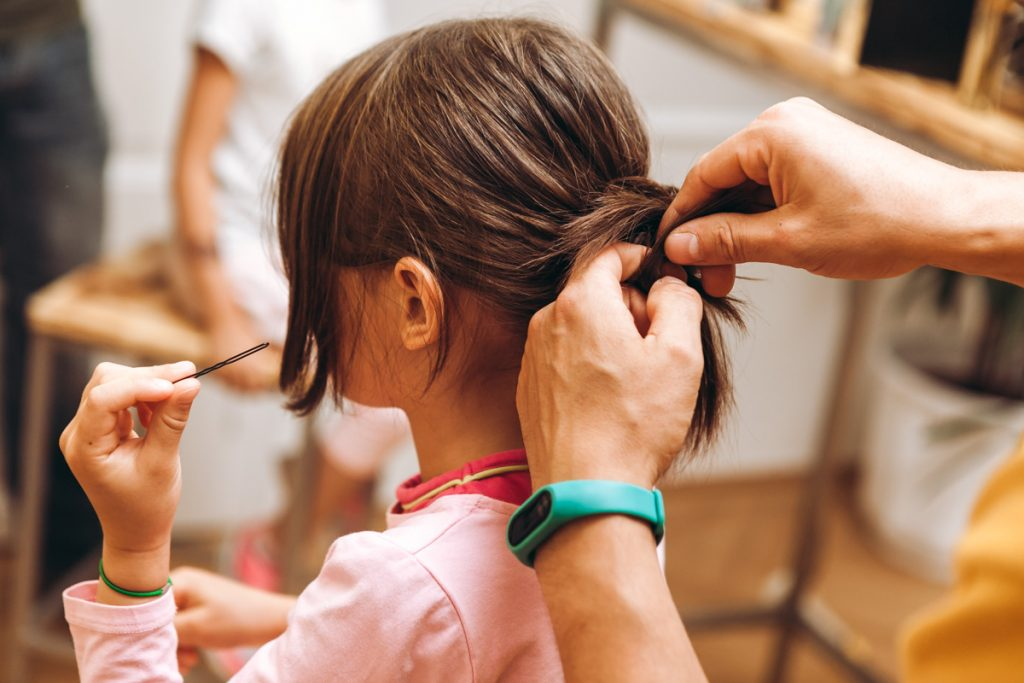 Kindern Frisuren Machen Papa Macht Das Genauso Gut Hello Familiii
