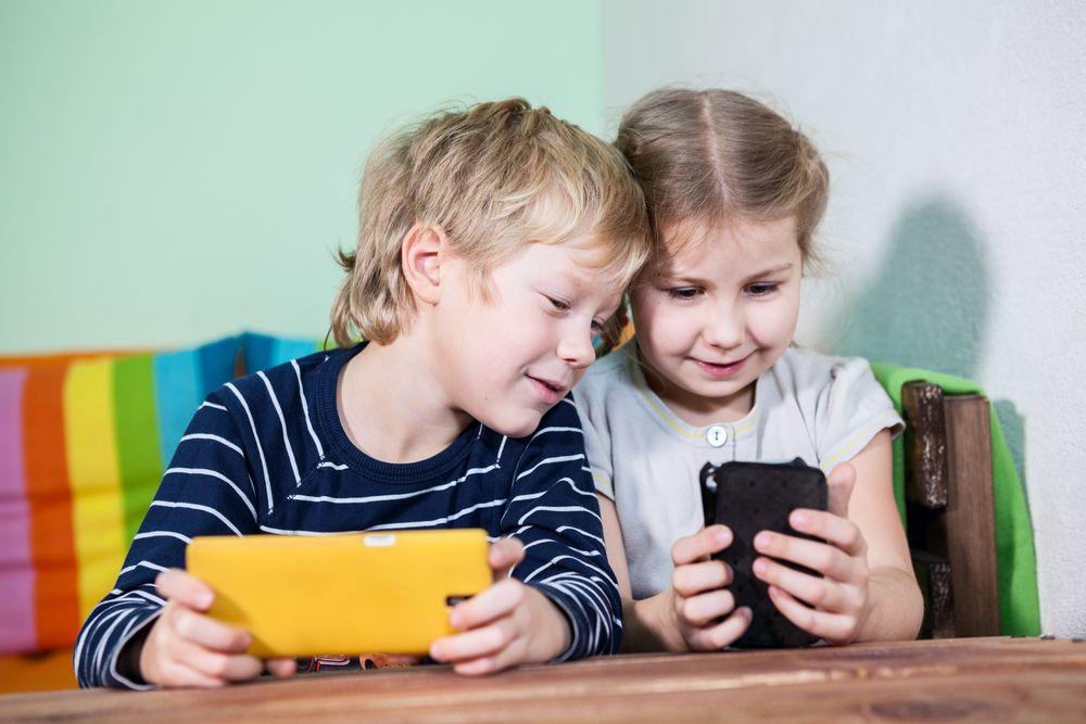smartphone handy kinder
