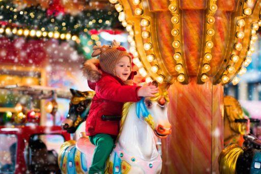 christkindlmarkt mit karussell