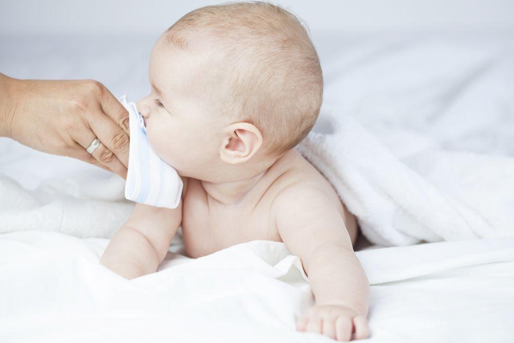 schnupfen hausmittel baby