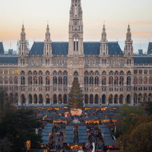 Wiener Weihnachtstraum_Blick vom Burgtheater tagsüber