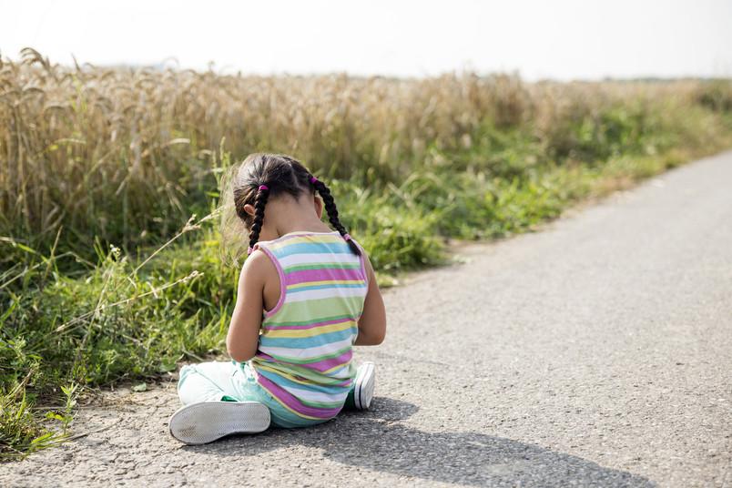 Kind alleine auf Weg, Vernachlässigung