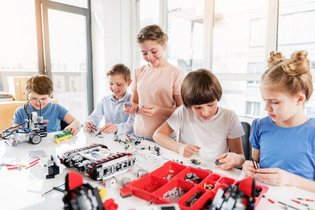 Programmieren lernen durch Spielen familiii