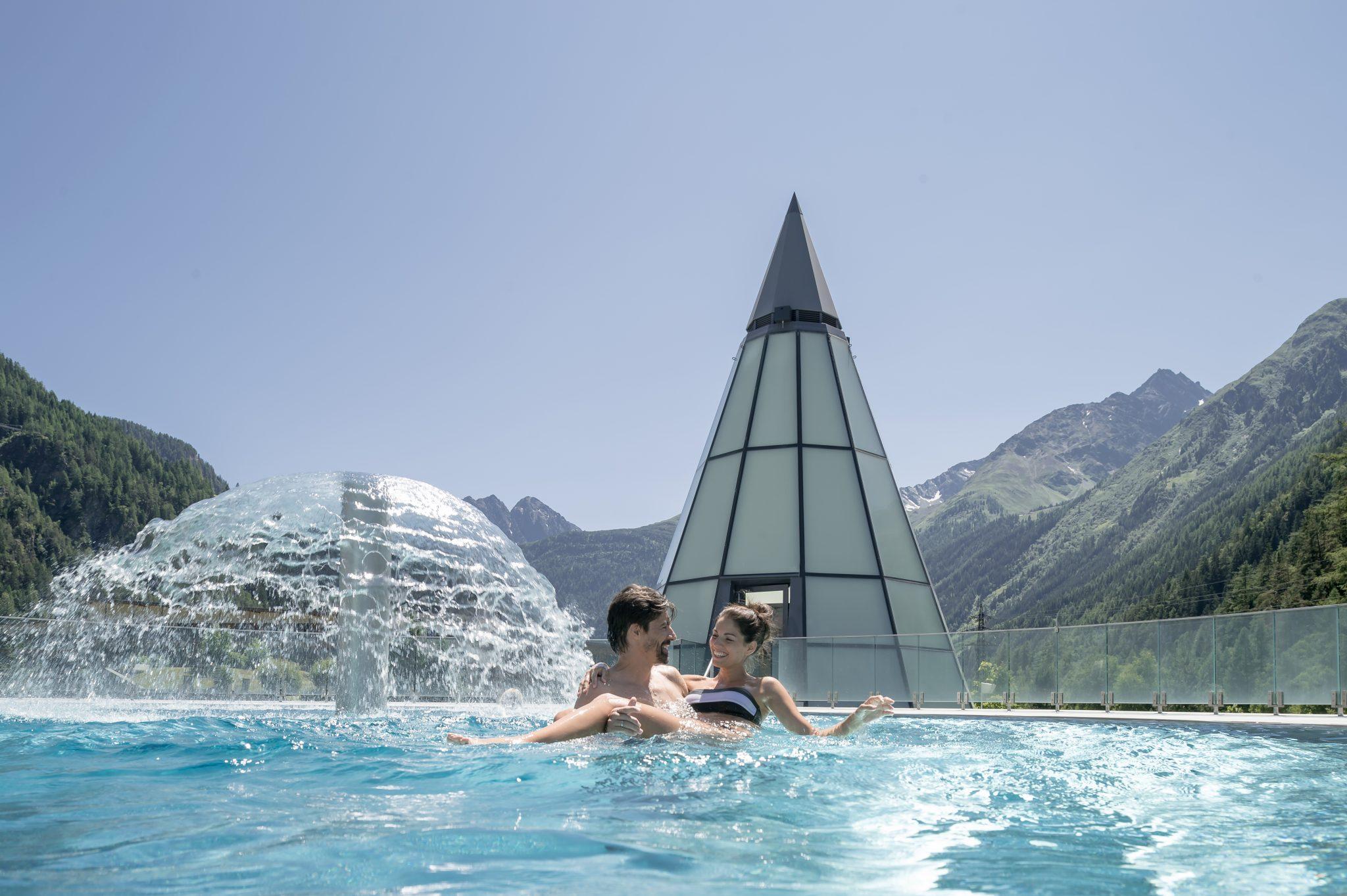 Die modernste Therme der Alpen im Herzen des Ötztals Öffnet am 26. Juni wieder.