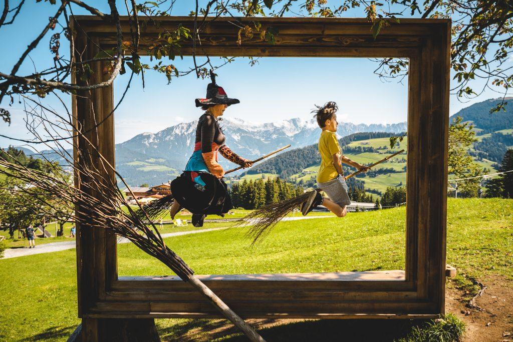 Ab 1. August fliegen die Hexen im runderneuerten Hexenwasser wieder mit ihren Gästen aller Altersklassen.