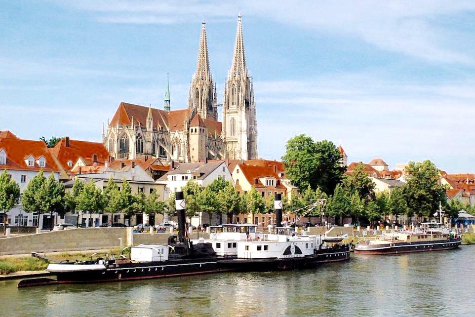 Hallenbäder Regensburg