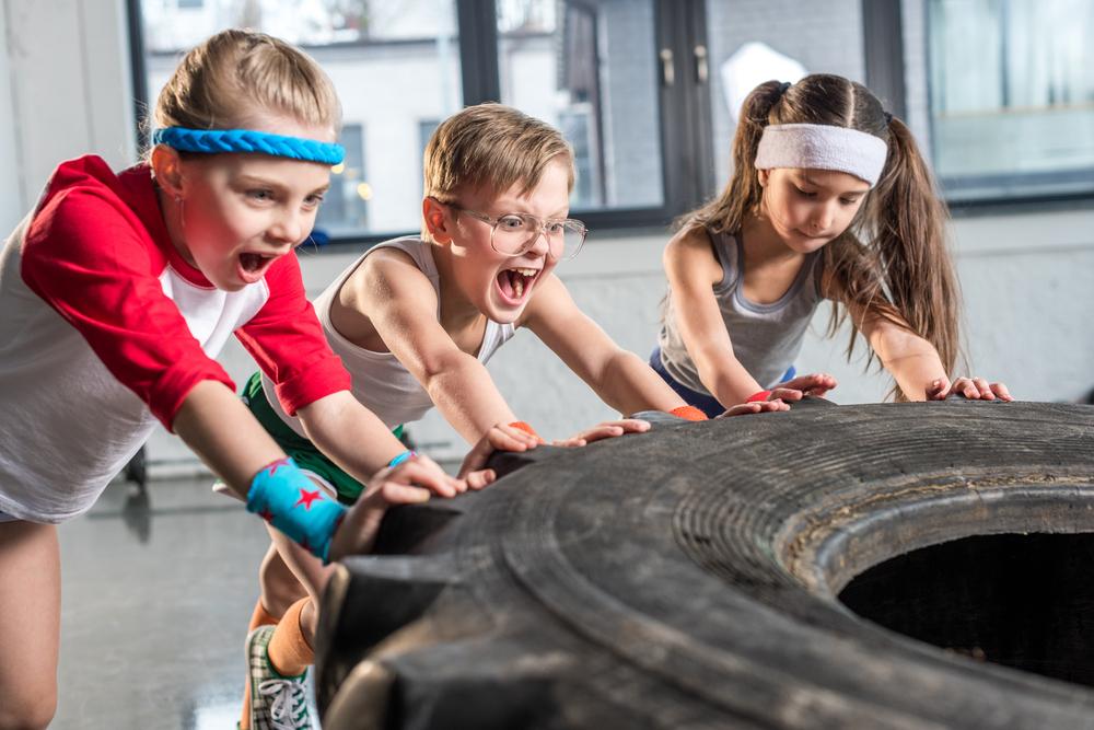 Kinder beim Workout