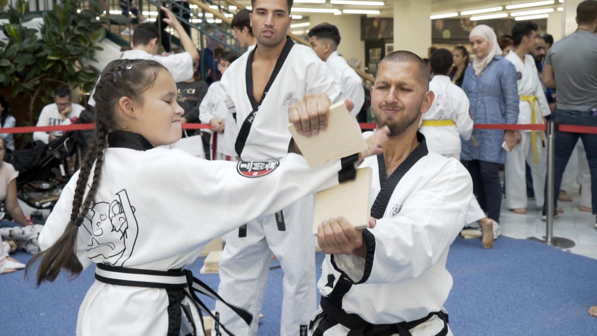 Taekwondo BruchtestMädchen1