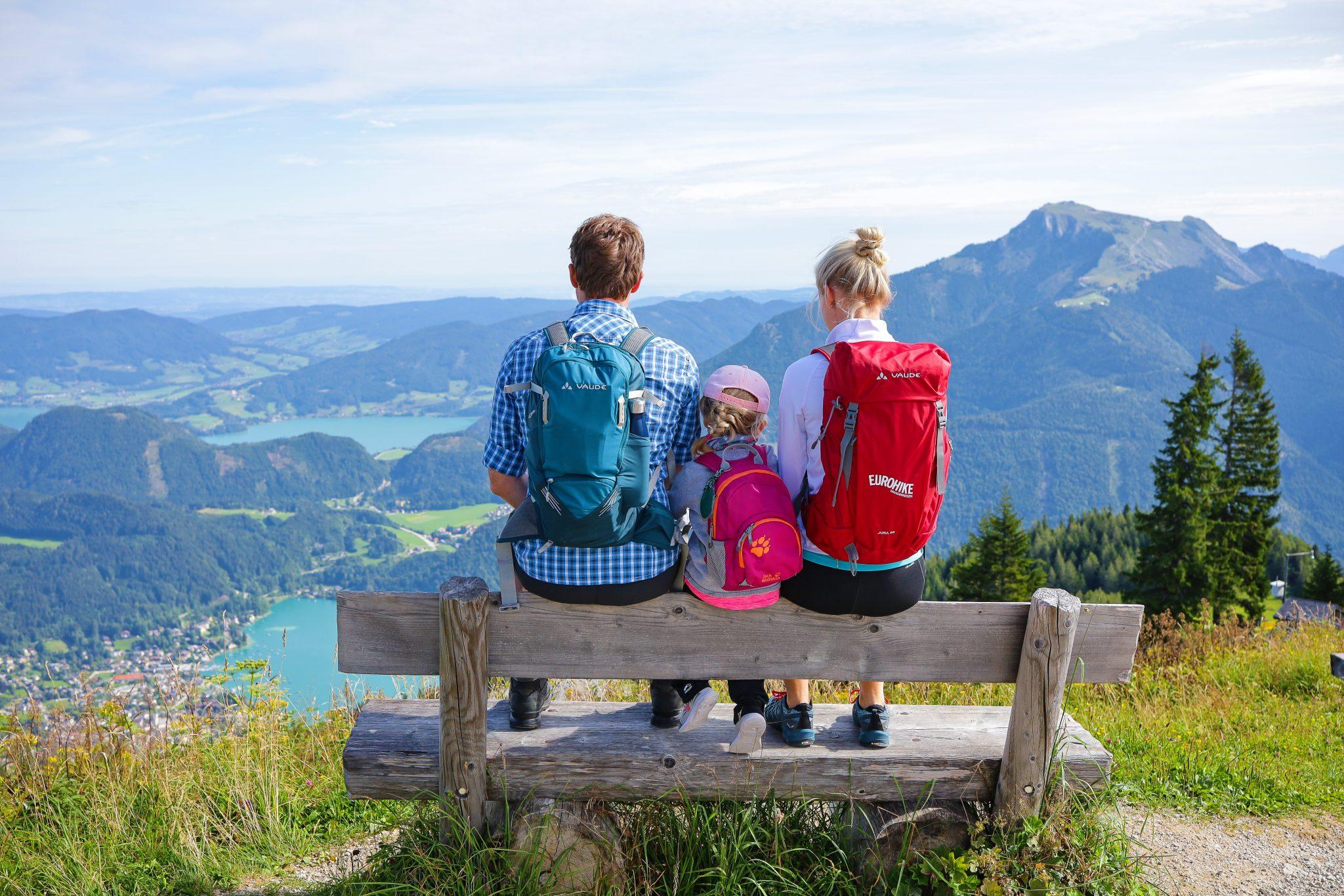 eurohike-wanderreise-almwandern-salzkammergut-familien-wanderrast-seeblick