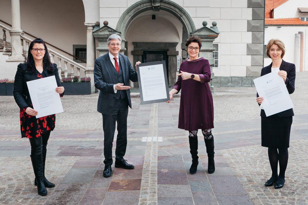 LR Sara Schaar, LH Peter Kaiser, LHStv.in Beate Prettner, LHStv.in Gaby Schaunig;