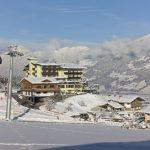 blick_auf_das_winterliche_hotel_waldfriede_hotel_waldfriede