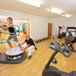 training_auf_der_power_plate_c_heimplaetzer_werbefotografie_concordia_wellnesshotel_spa