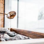 aufguss_in_der_sauna_puradies_-_mein_naturresort_0