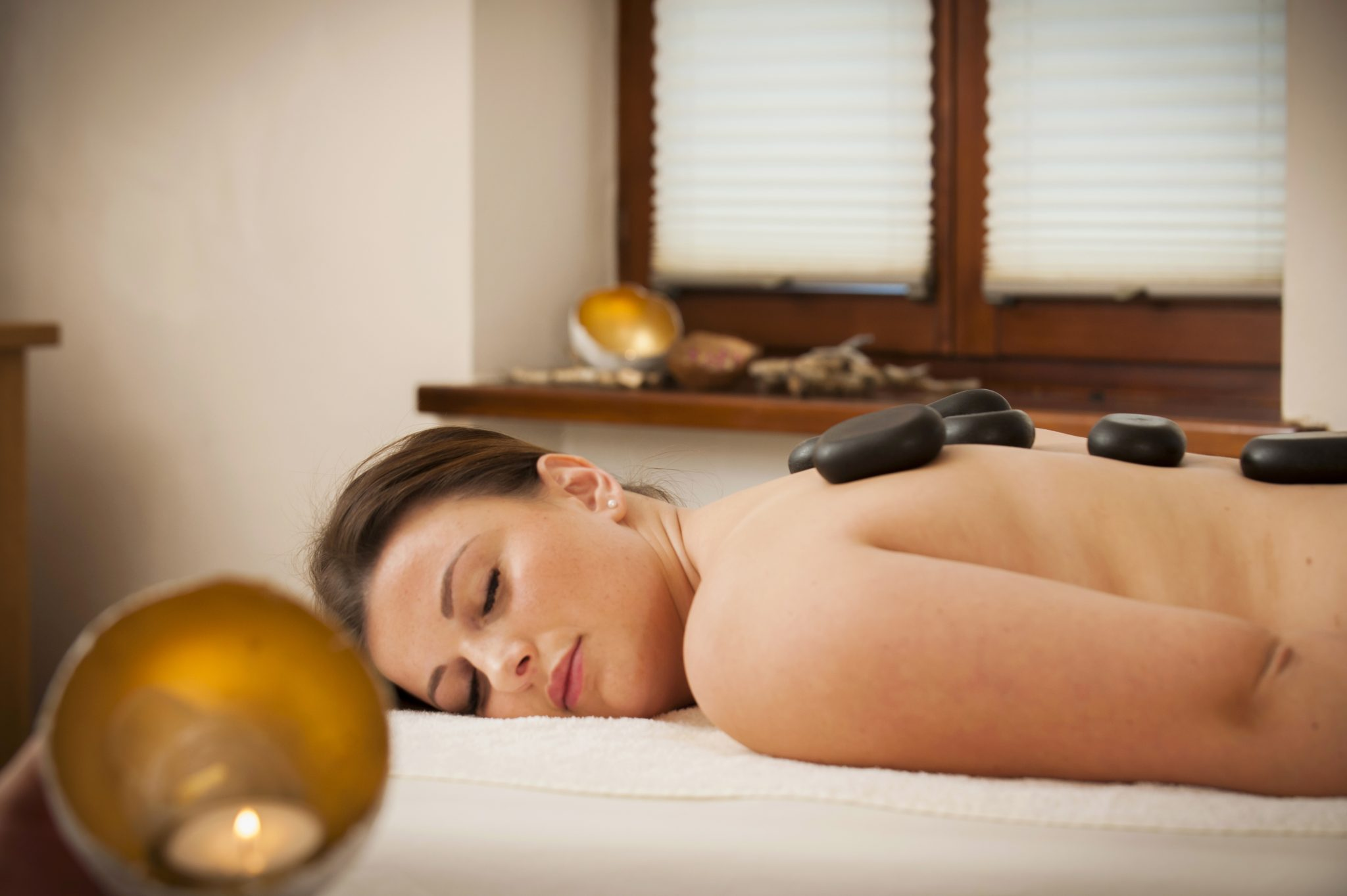 hot_stone_massage_wellnessnaturresort_gut_edermann.