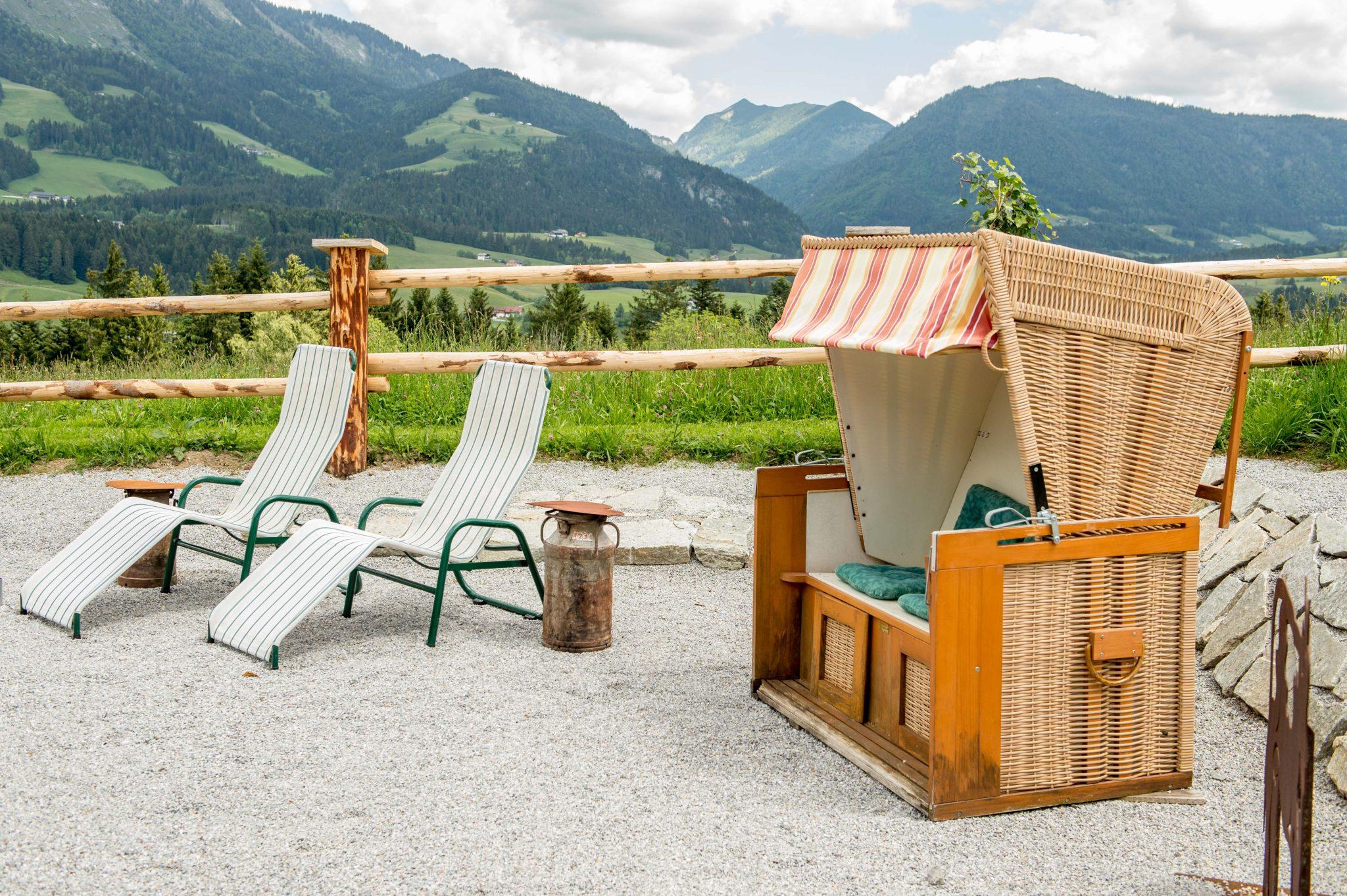 aussicht_geniessen_am_bergpanorama-strand_hotel_gutjahr