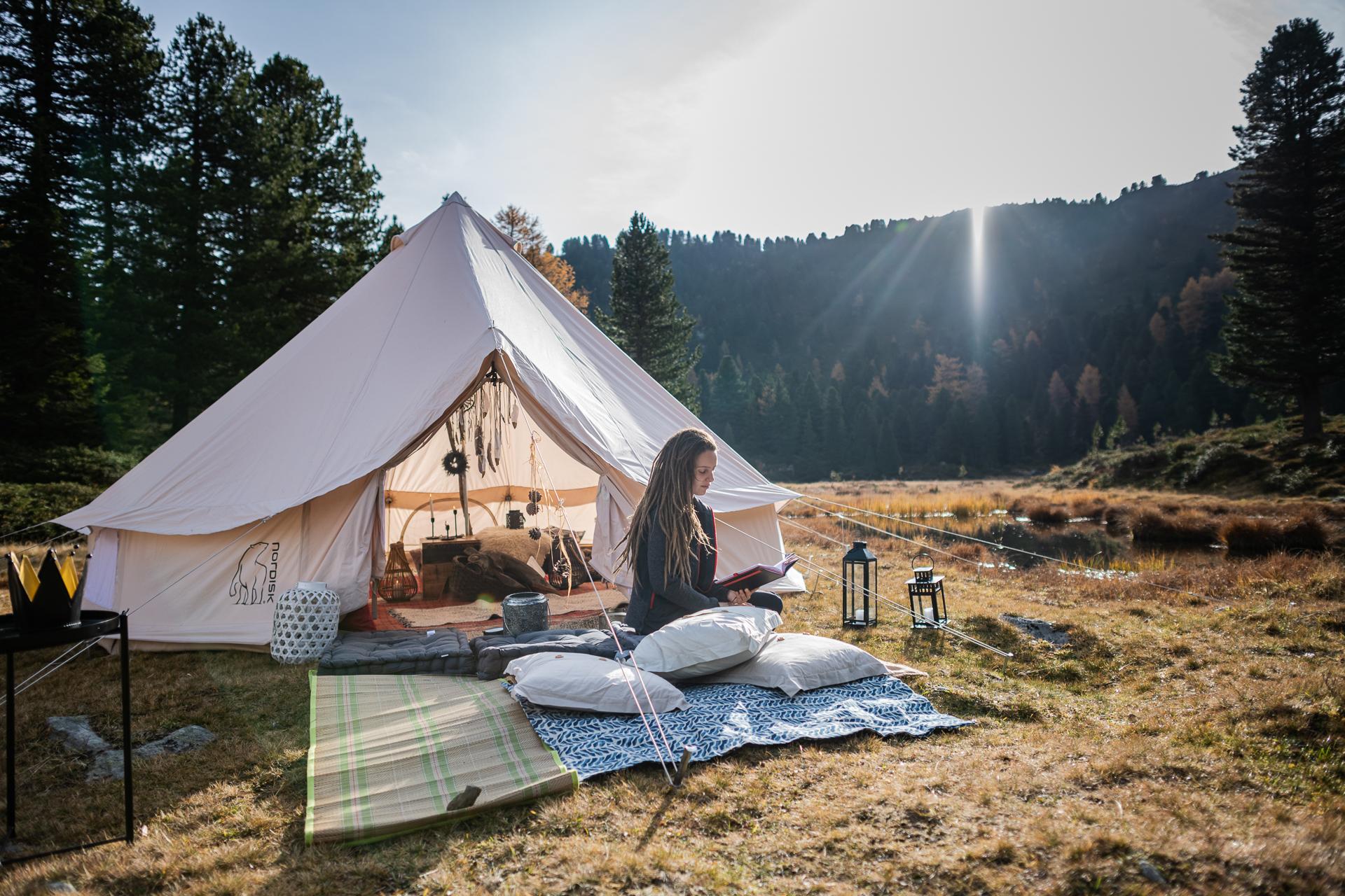 entspannung_pur_beim_glamping_in_den_bergen