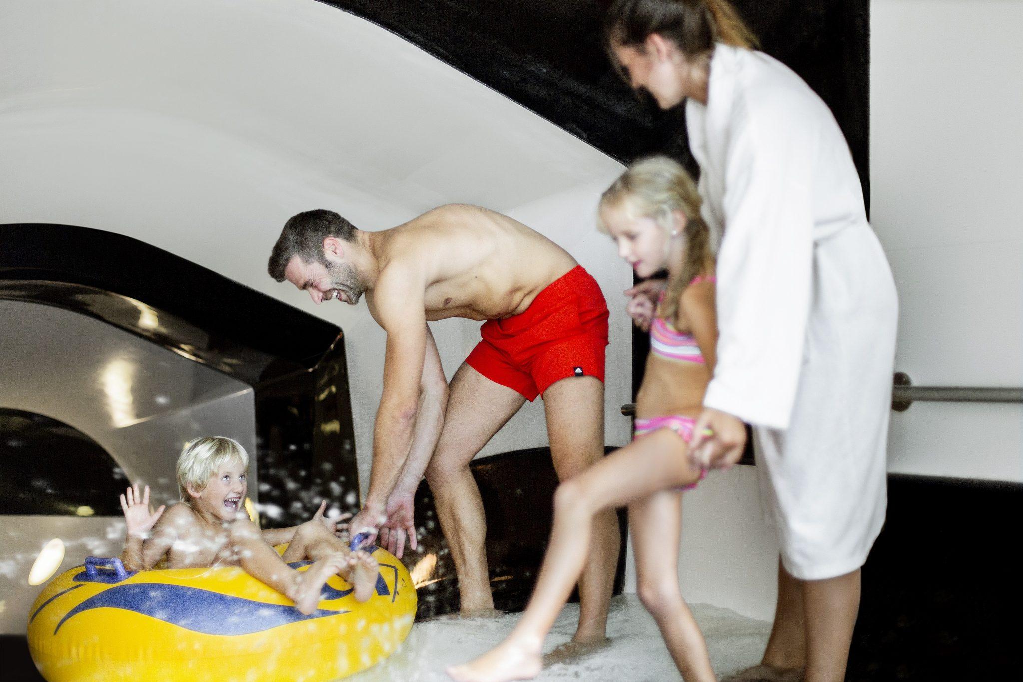 128m_reifenrutsche_fuer_die_kids_c_daniela_jakob_oberjoch_-_familux_resort